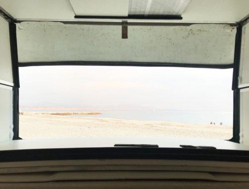 La vista dal Van sulla spiaggia di Antibes